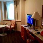 Pretty spacious quiet n clean room