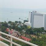 Photo de Welcome Jomtien Beach Hotel