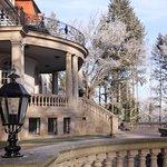 Blick auf die Villa Altenburg