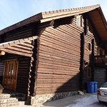 5 bedroom log cabin to rent by the week, book early!