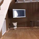 """Ecran plat et """"espace"""" visible de la suite..."""
