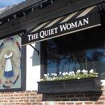 Quiet Woman의 사진