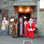 Este año los Reyes Magos y PapaNoel visitan el restaurante.
