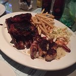 Foto de El Torito Sports Bar & BBQ House