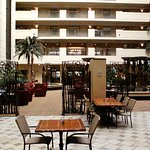 Embassy Suites - Marketplace Cafe in lobby
