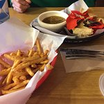 Crunchy fries with queso & chips & salsa
