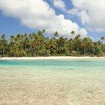 Ninamu view while walking along the atoll