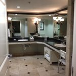 Large master bath in King suite