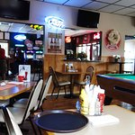 Hooty's Bar and Grill