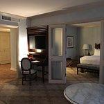 תמונה של Windsor Court Hotel