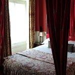 Photo of Golden Hotel Paris