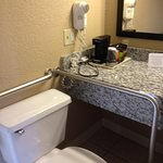 Quality Inn Clinton Photo