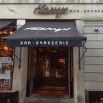 ภาพถ่ายของ Harry's Bar & Grill