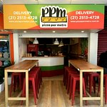 Foto de Pizza Por Metro