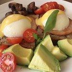 Happy eggs with hollandaise & avocado
