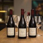 Hyvää valikoima viinejä, myöskin laseittain!