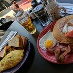 Foto di Pat's Cafe