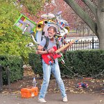 One-man band does great music in Boston Common