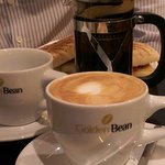 Photo de Golden Bean - The Coffee Experience