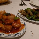 Sweet & sour king prawns, beef in black bean.