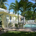 Potret Bahama Beach Club Apartments