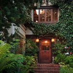 Welcome to Old Monterey Inn!