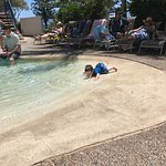 Photo de Ramada Resort Golden Beach
