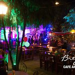 Photo de Brezel Cafe & Bar