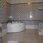 Maharaj Suite bath room