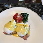 Eggs benedict in the Gold Lounge.....