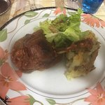 Foie gras de canard avec des oignons rouges-cassoulet confit -confit de canard et pour finir crè