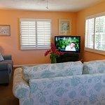 Sandy Shores - Gulf Cottage - Livingroom