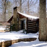 Asheville Cabins of Willow Winds Photo