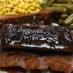 Pork rib plate with two sides