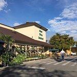 Oakes Farms Market