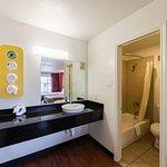 Motel 6 San Antonio Downtown - Riverwalk Photo