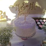 The wedding cake! Yummy!