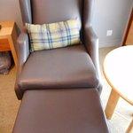 この椅子が座り心地が良くてテレビを見るのに最高でした。
