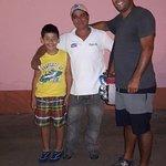 Leo Tours Comunitarios Foto