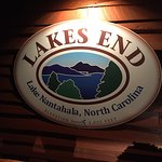 Lakes End Marina