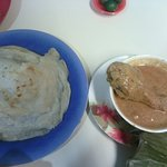 indian bread and chicken curry