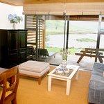 Photo de Sani Valley Lodge and Hotel