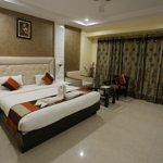 Hotel Paras Inn