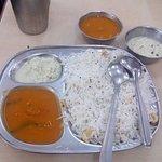 Photo de Ramashraya Hindu Vishranti Griha Restaurant