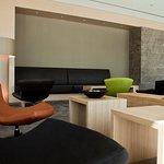 Sitzgelegenheiten in der Lobby