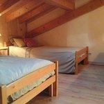 suite familiale Epilobe chambre double plus 3 lits individuels