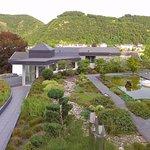 """Ostteil des Daches mit dem """"Japanischen Garten"""""""