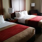 Comfort Inn & Suites Airport - American Way Foto