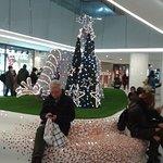 Pasillo con decoración de Navidad