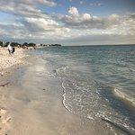 Gambar Thunderbird Beach Resort